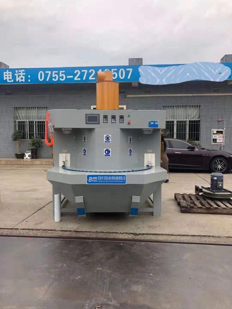 may phun cat dang mam xoay - Máy phun cát làm sạch được ứng dụng trong công nghiệp